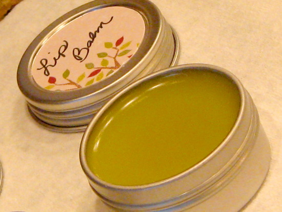 homemade chapped lip balm