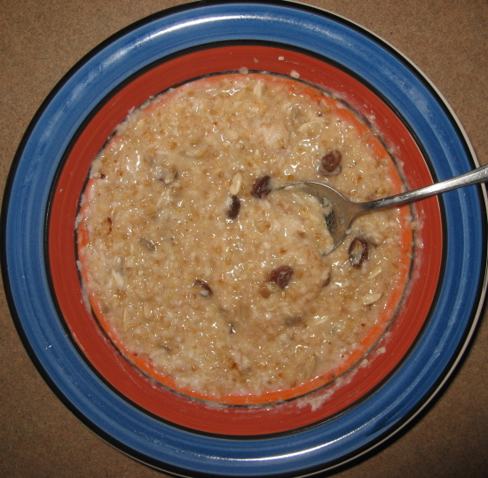 Voila! Quick-cooking, convenient, Nourishing Traditions friendly hot oatmeal.